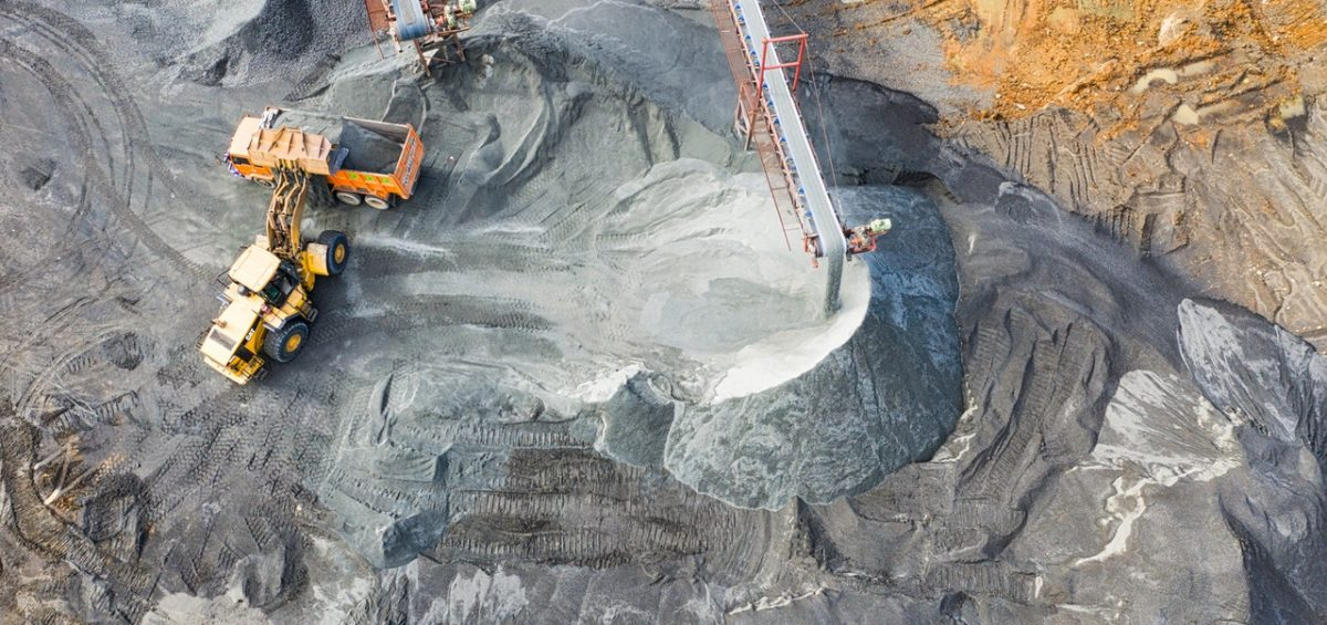 Integrating new water management technologies in the move from surface to underground mining